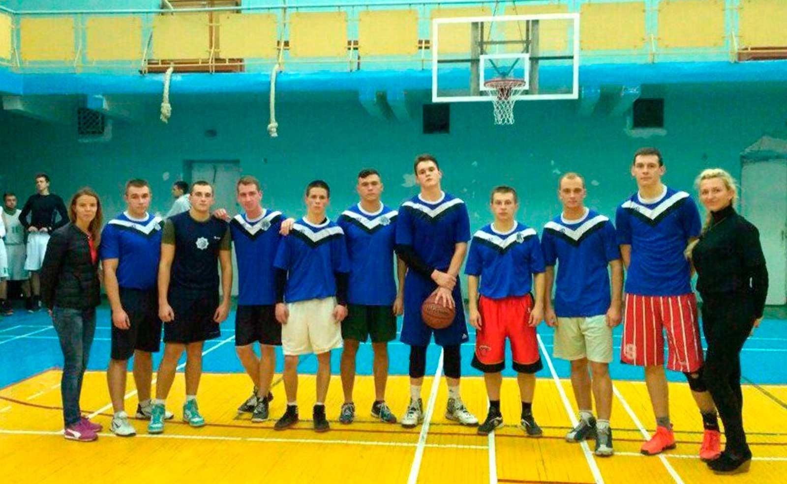 Збірна команда ДДУВС з баскетболу
