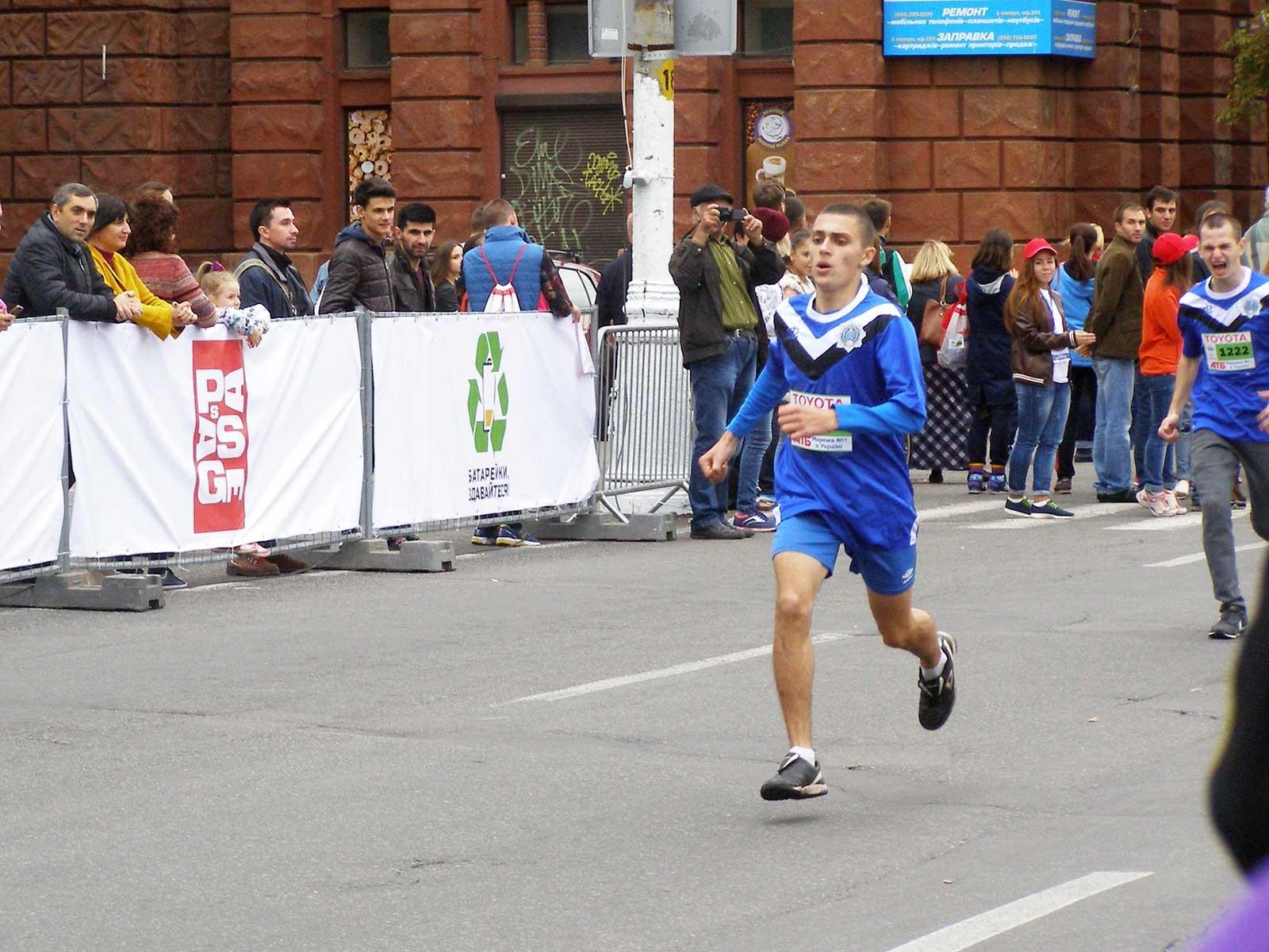 Курсанти університету здобули призові місця у масштабному легкоатлетичному марафоні