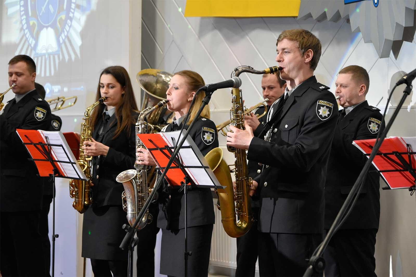 З нагоди 51-ї річниці на сцені виступали кращі вокалісти, хореографічні колективи та оркестр університету