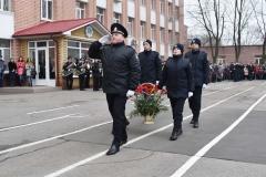 Курсанти поклали квіти до пам'ятника загиблим працівникам ОВС