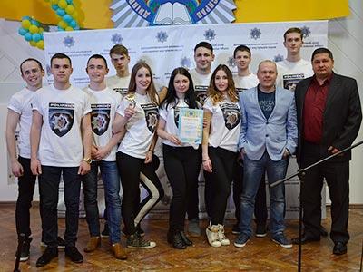 У Дніпропетровському державному університеті внутрішніх справ відбувся конкурс Клубу веселих та кмітливих.