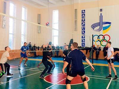Серед курсантів визначили кращих баскетболістів та волейболістів