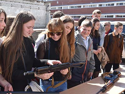 До університету завітало близько 1000 школярів Дніпра