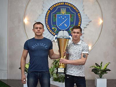 З Чемпіонату України з фрі-файту студент ДДУВС привіз золото