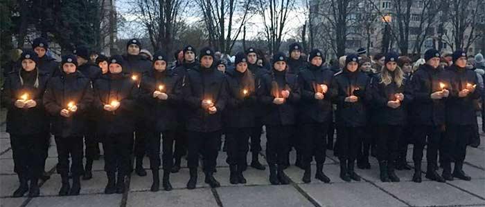 День пам'яті жертв голодоморів.